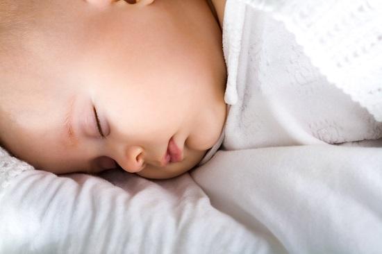 טיפים לשינה טובה עבור ילדכם