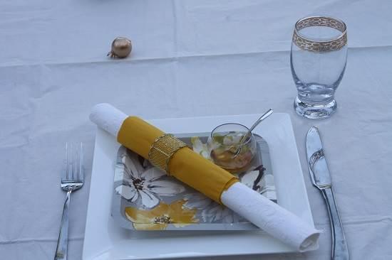 שולחן דבש תקריב